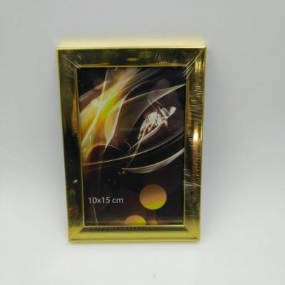 10*15 рамка пластик золото...
